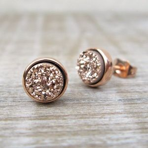 Rose Gold Druzy Earring Studs from Etsy! 💕